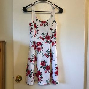 Divided Tank Top Dress JR 2 White with Roses